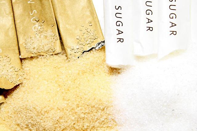 třinový cukr