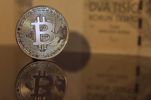 bitcoin a pozadí
