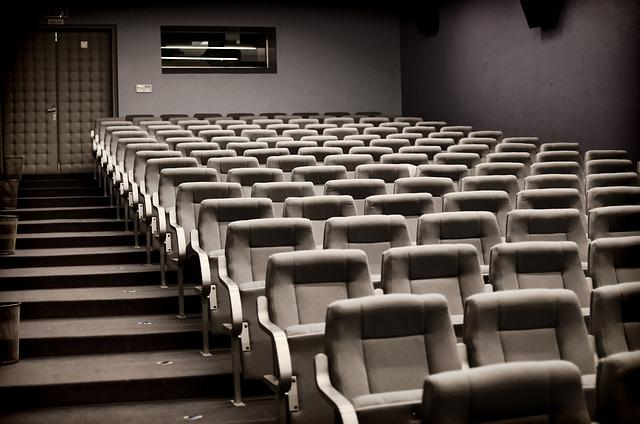Svetový deň divadla. Hollywoodskí herci, ktorí sa zúčastňujú divadelných inscenácií